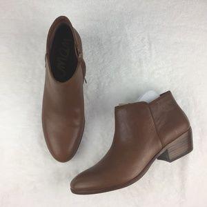 "NWOB Sam Edelman ""Petty"" Ankle Boots Size 10M"